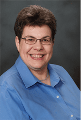 Dr Laura Headshot